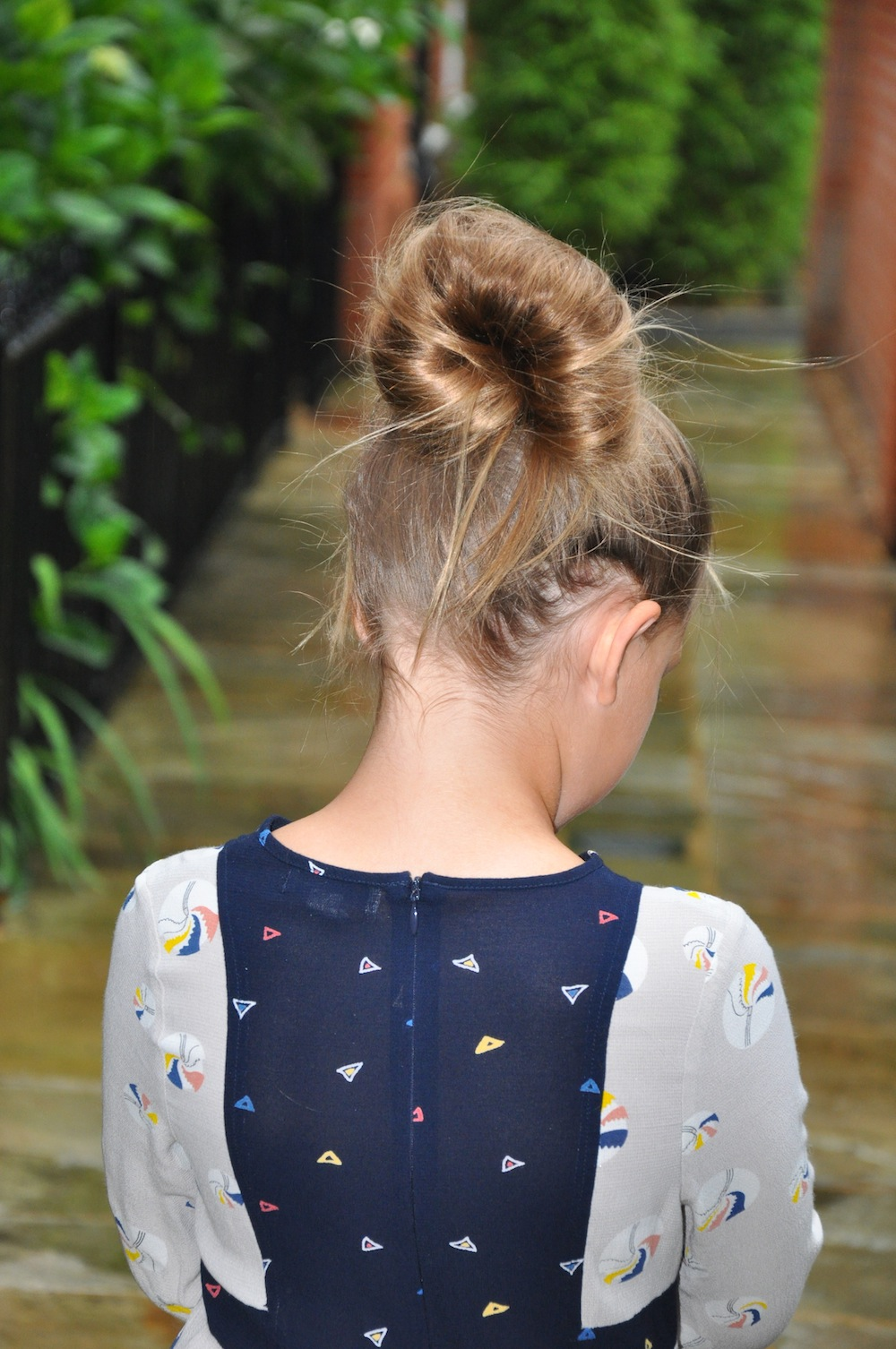 Iz-Hair_knot