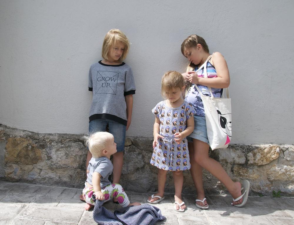 Frane_grey_kids