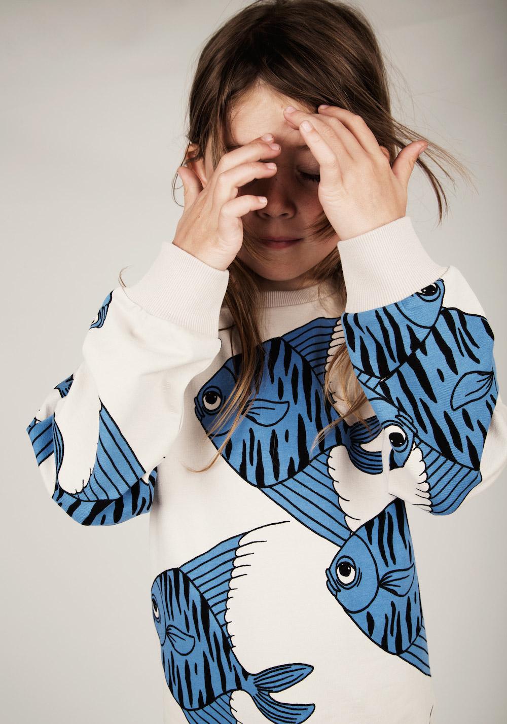 Mini_rodini_ss15_blue_fish_sweatshirt