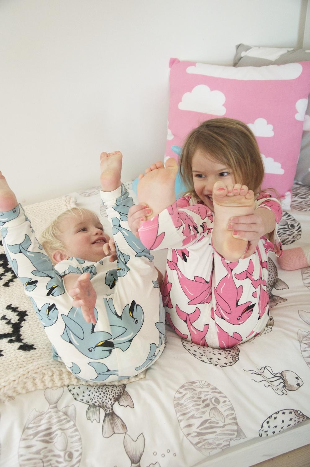 Mini_rodini_dolphins_my_lille_limon_pyjamas