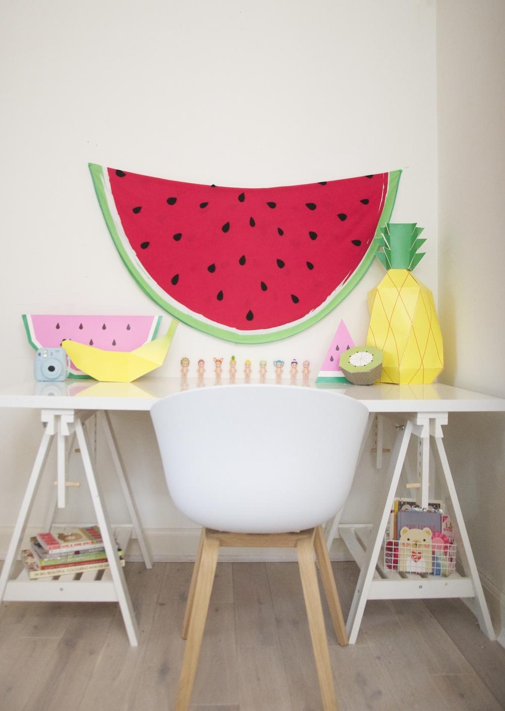 kids_desk_watermelon_fruit