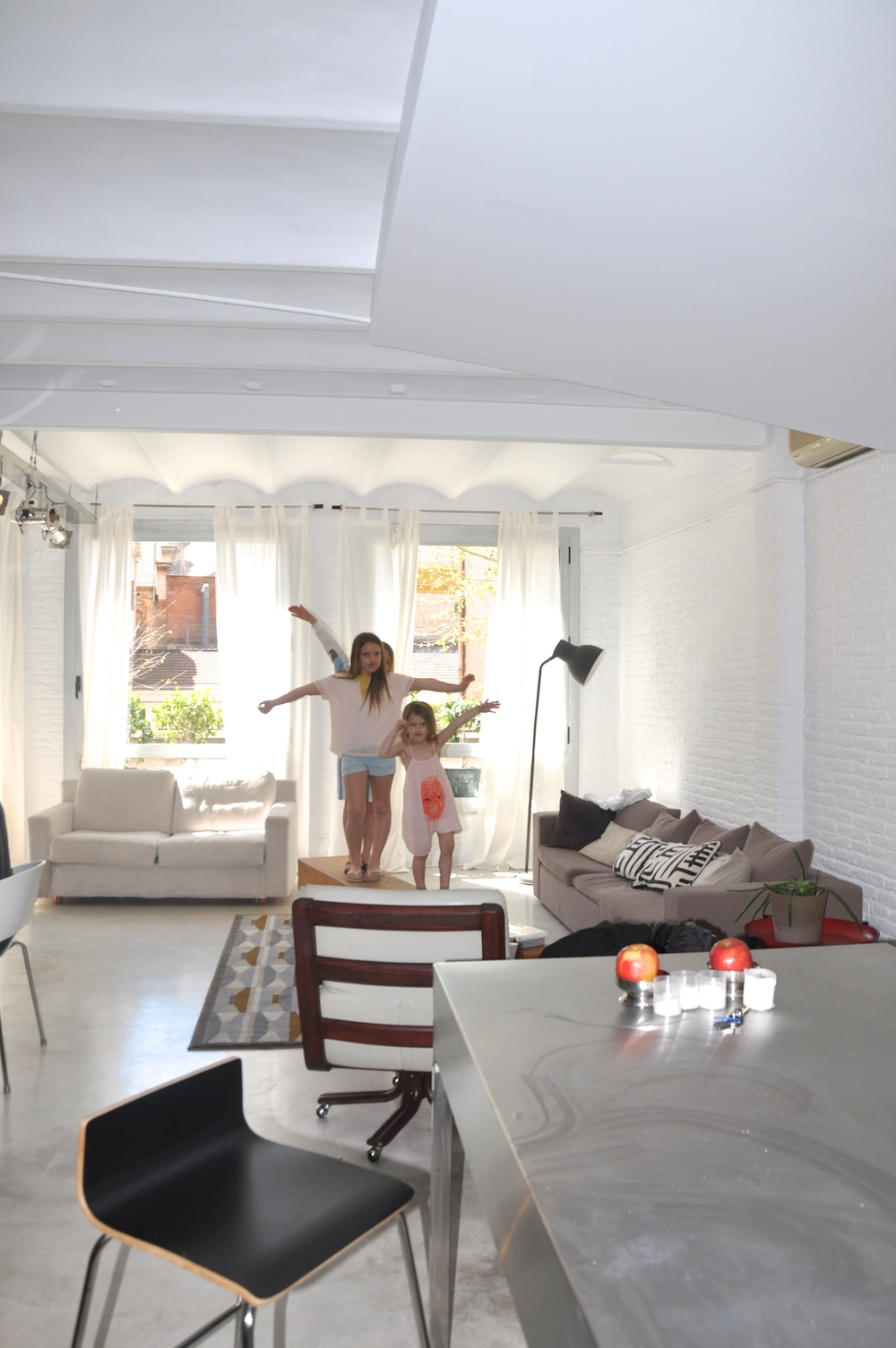 Barcelona_apartment_airbnb_lounge