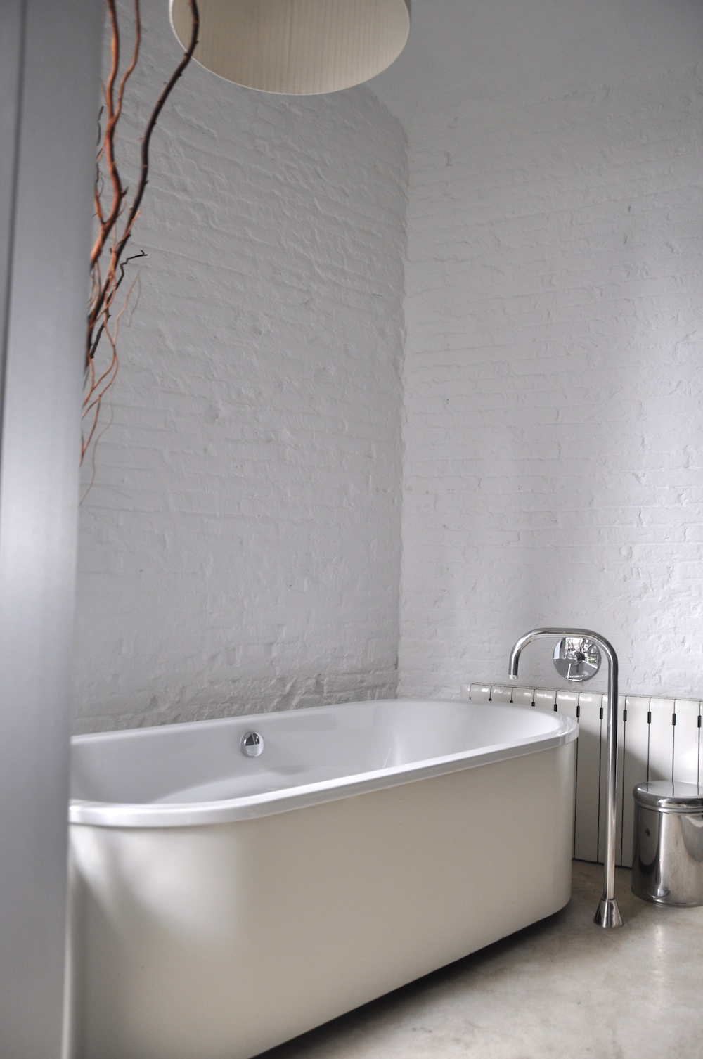 barcelona_apartment_airbnb_bathroom