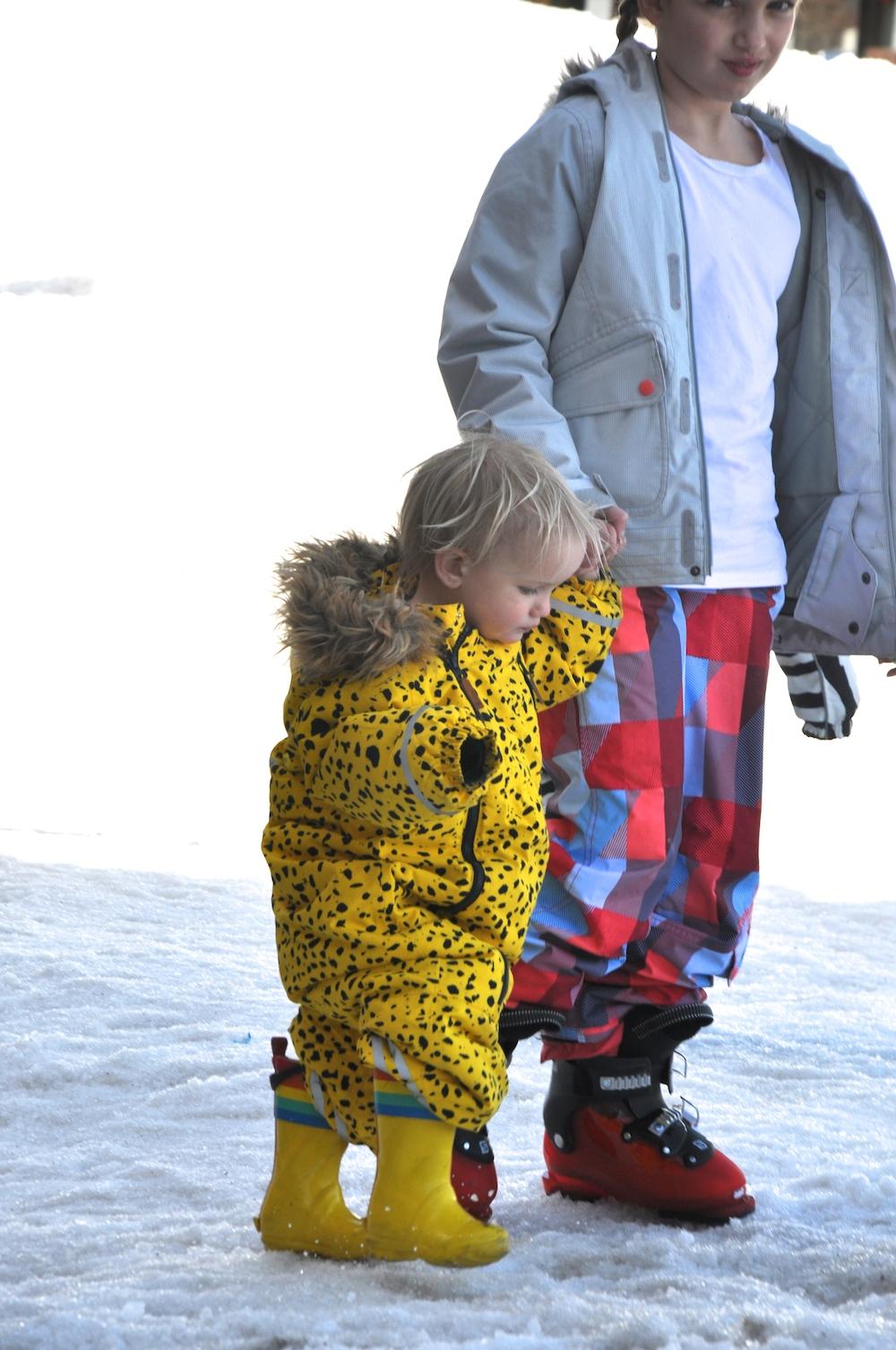 kids_ski_andorra_snow