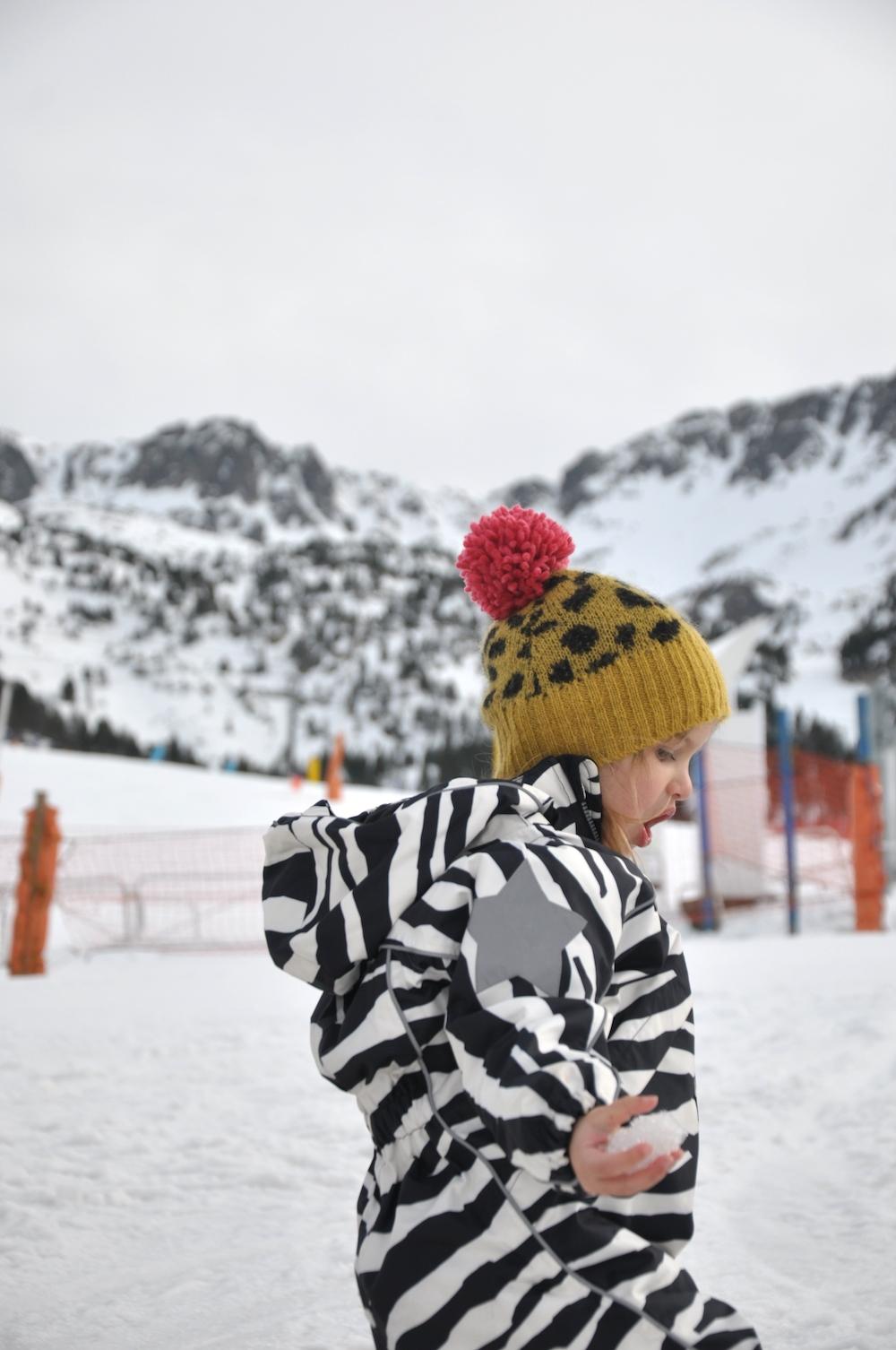 molo_dk_snowsuit_bobo_choses_hat