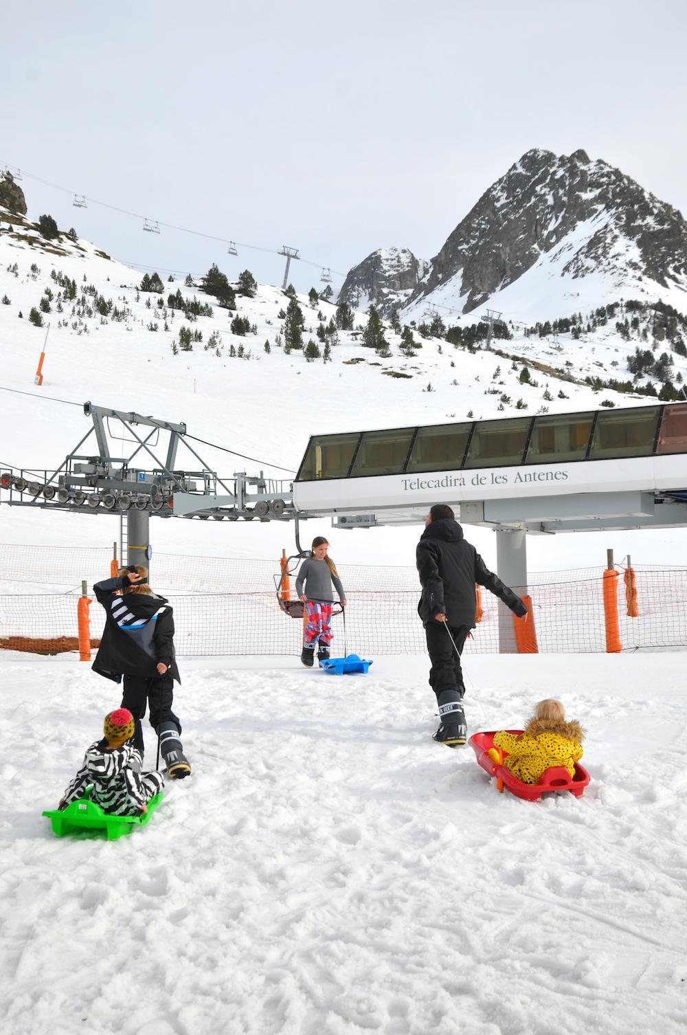 sledging_snow