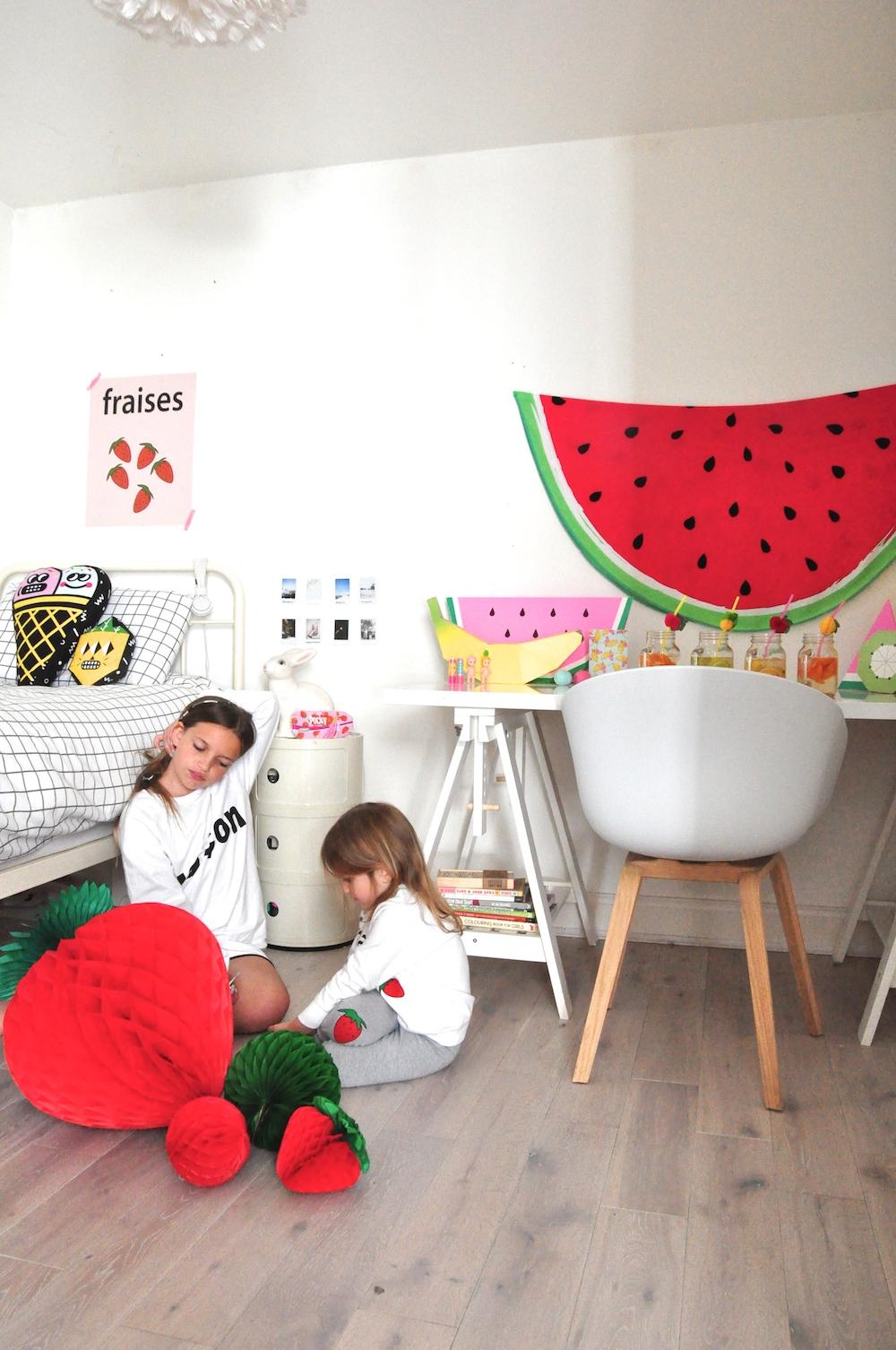 girls_bedroom_kids_interiors