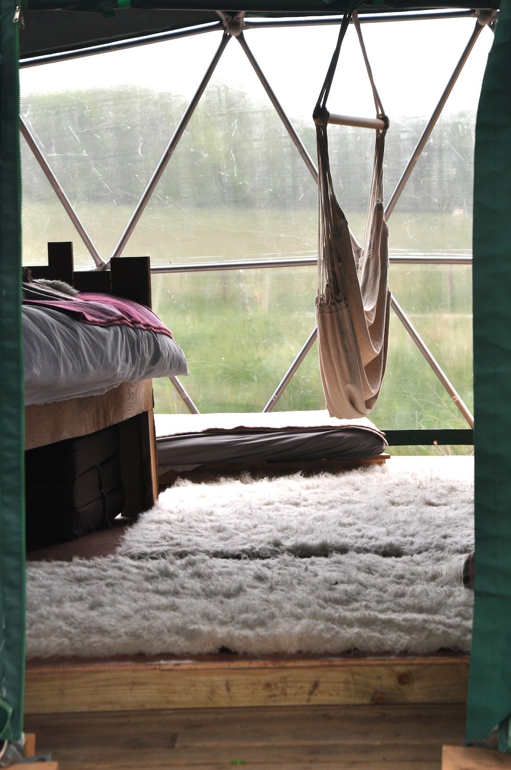 Cosy_under_canvas_glamping
