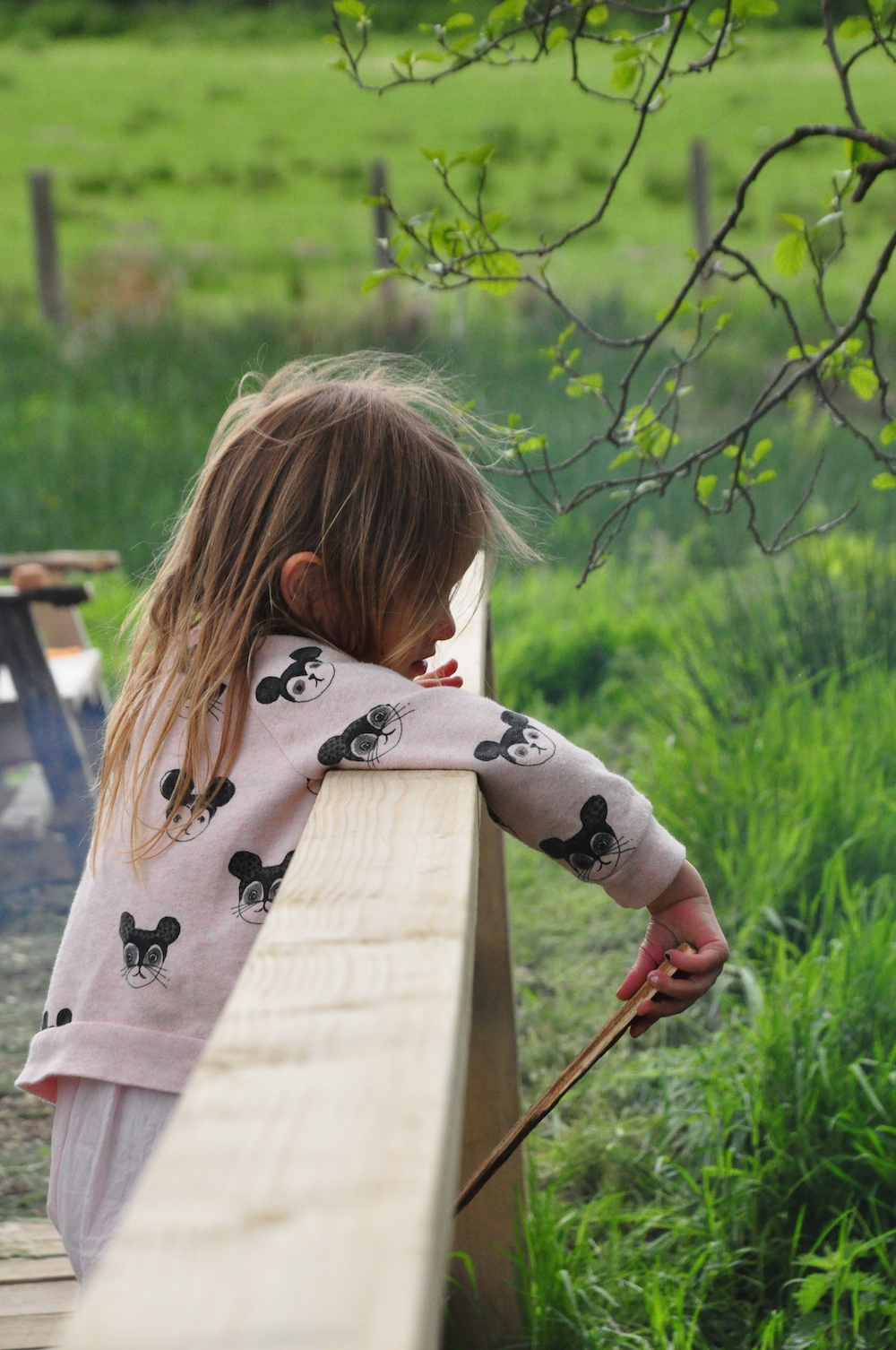 Cosy_under_canvas_glamping_pooh_sticks