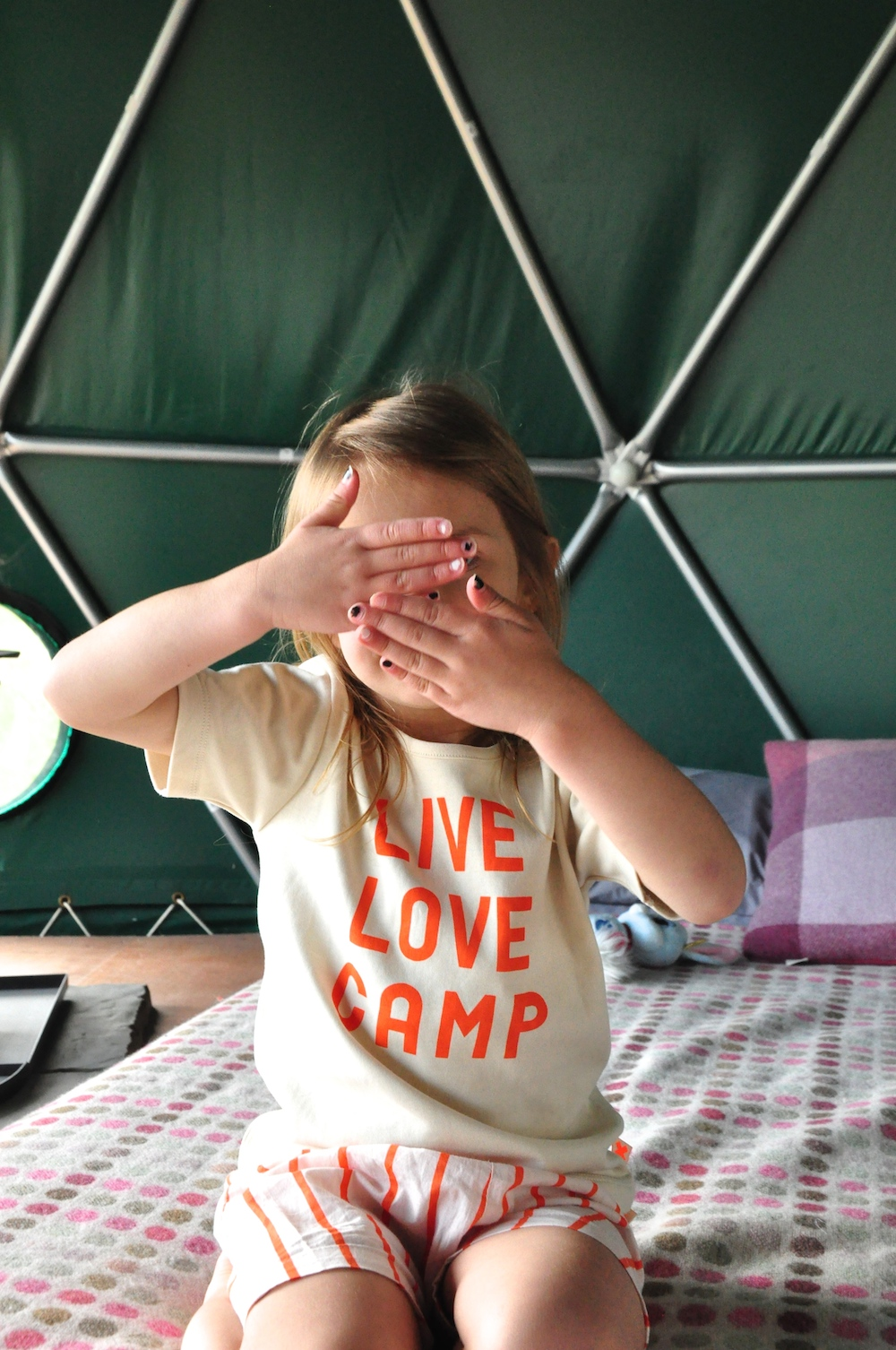 Cosy_under_canvas_glamping_tiny_cottons_camp