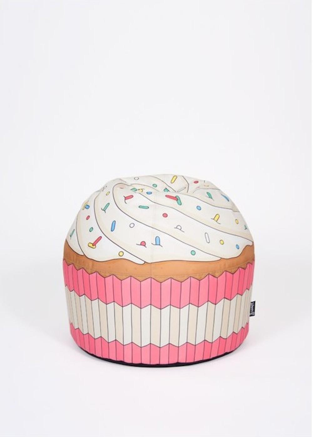 woouf_cupcake-pink-bean-bag