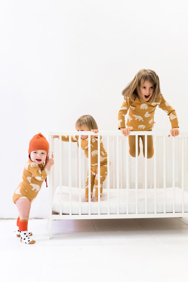 Tiny_cottons_aw15_polar_bears_leggings
