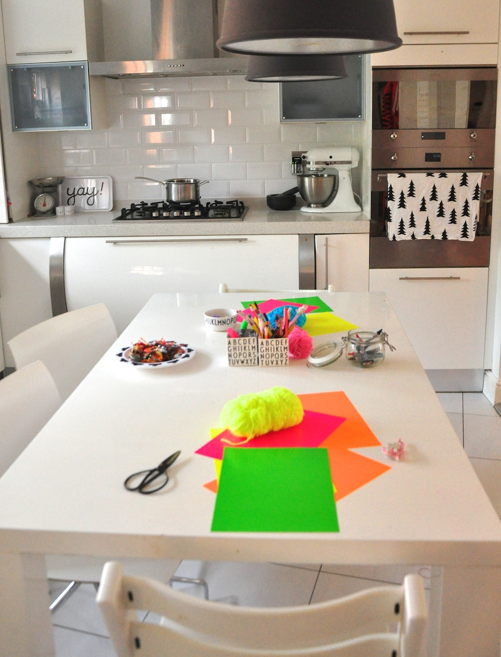 crafts_table_kitchen
