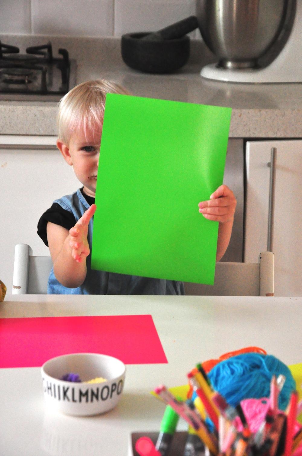 kids_crafts_neon_card