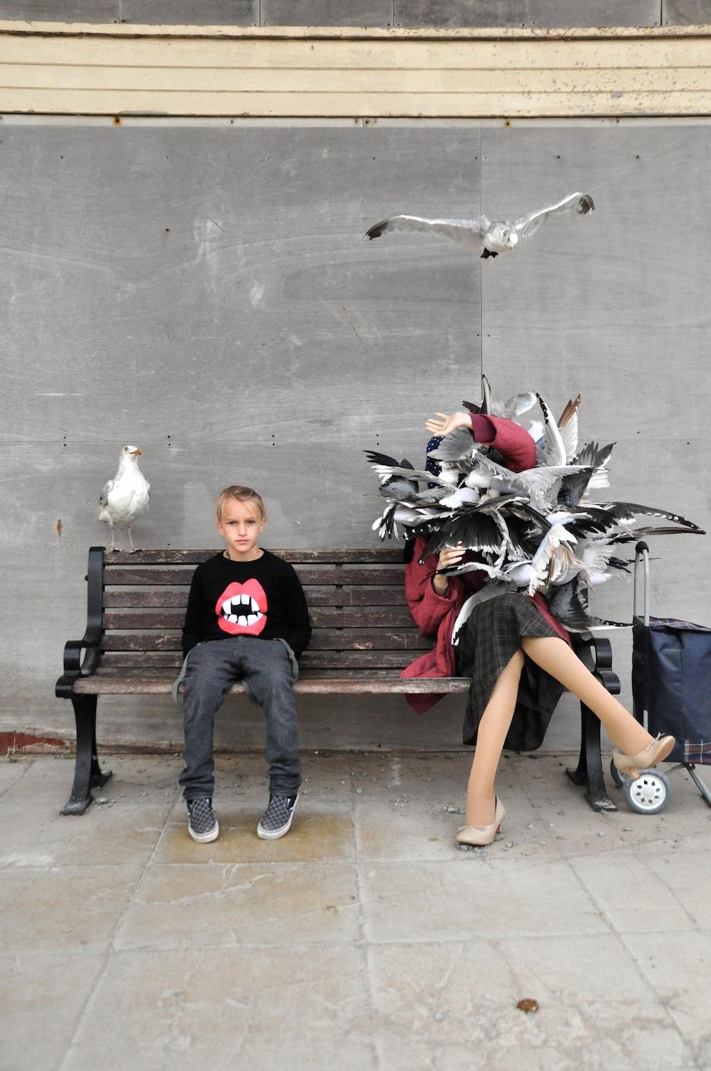 Dismaland_banksy__beau_loves_monkey_mccoy_pigeons