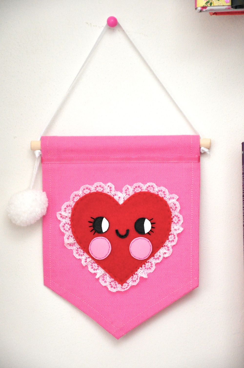 noodle_doll_nelly_banner_heart