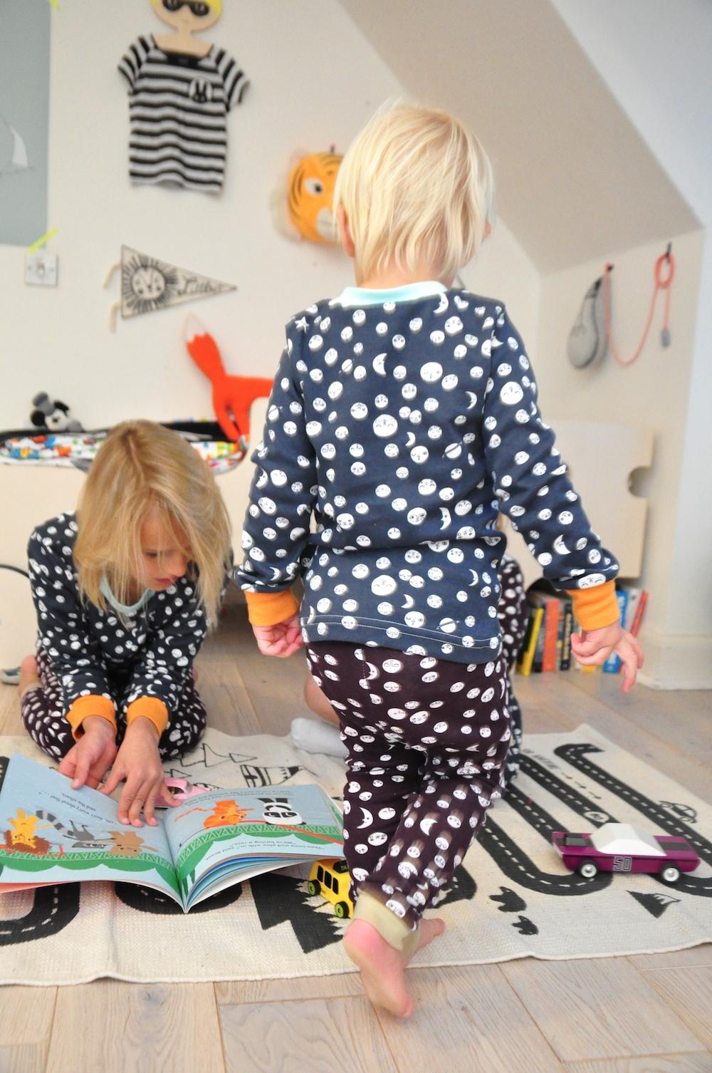 pyjamas_baby_The_bright_company