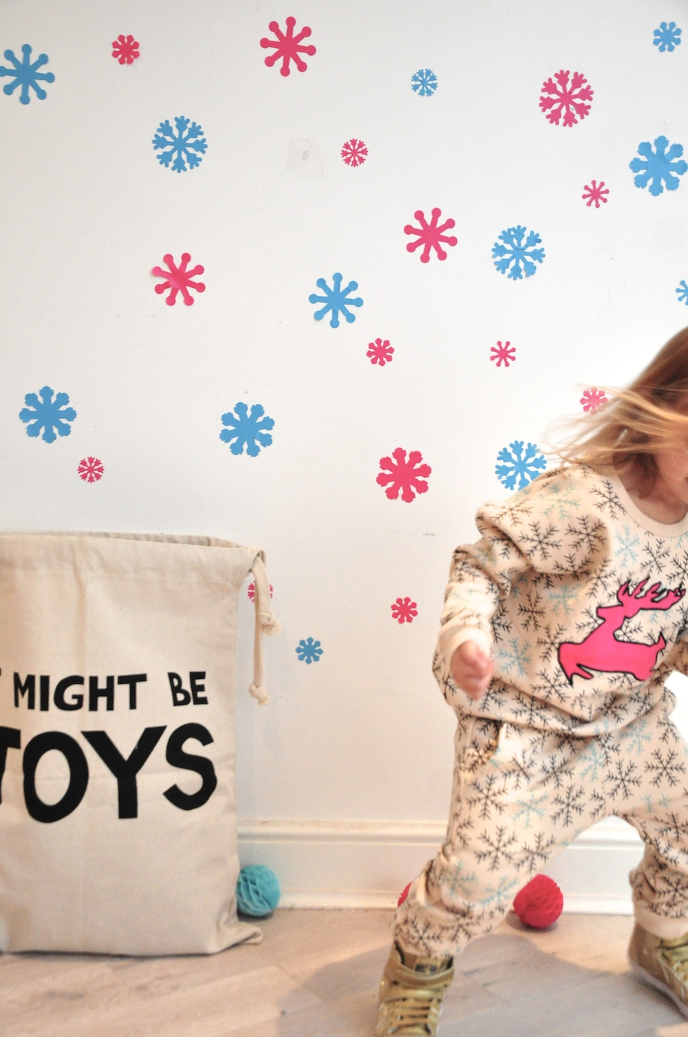 Gardner_and_the_gang_harrods_miniharrods_Christmas_tellkiddo_kidsen_1