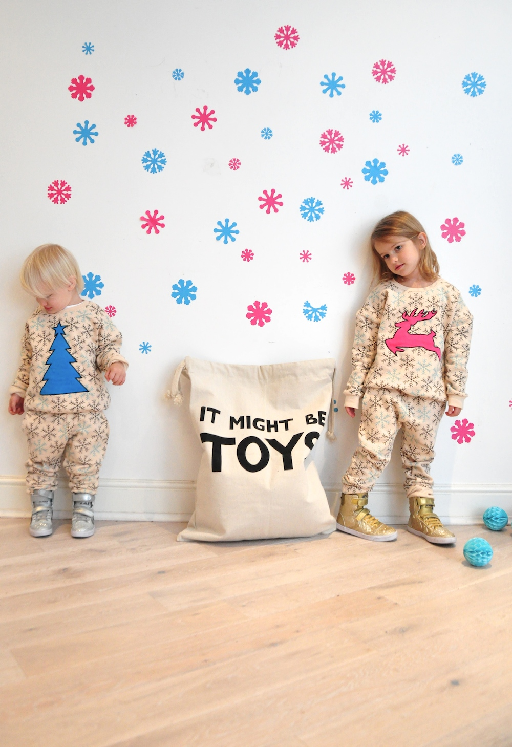 Gardner_and_the_gang_harrods_miniharrods_Christmas_tellkiddo_kidsen_16