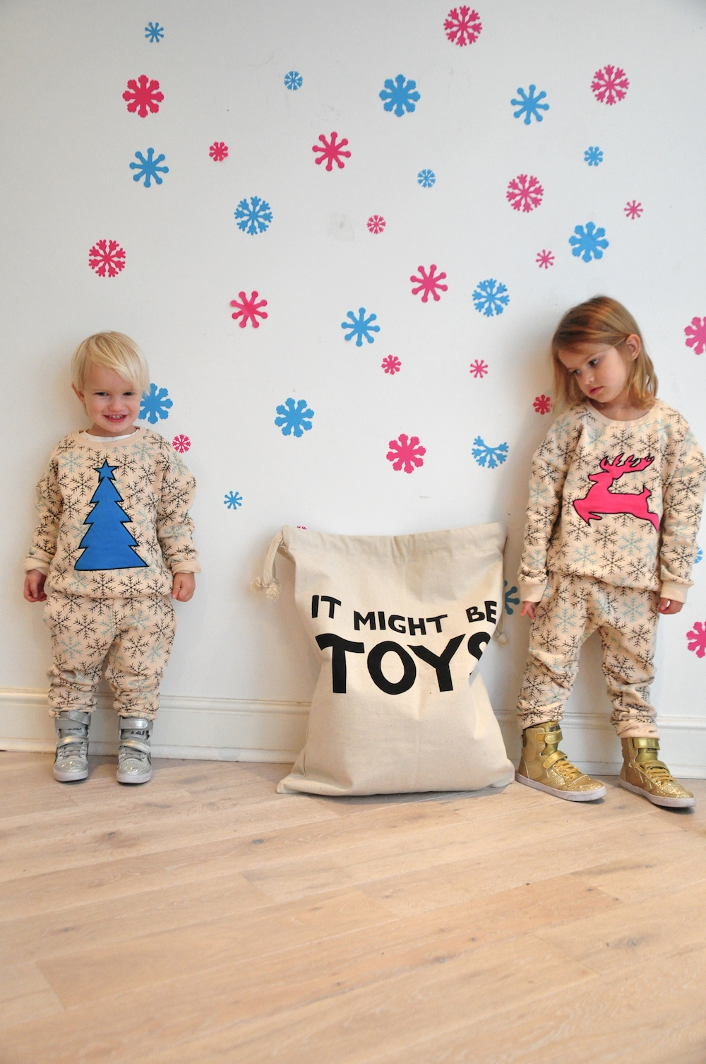Gardner_and_the_gang_harrods_miniharrods_Christmas_tellkiddo_kidsen_17