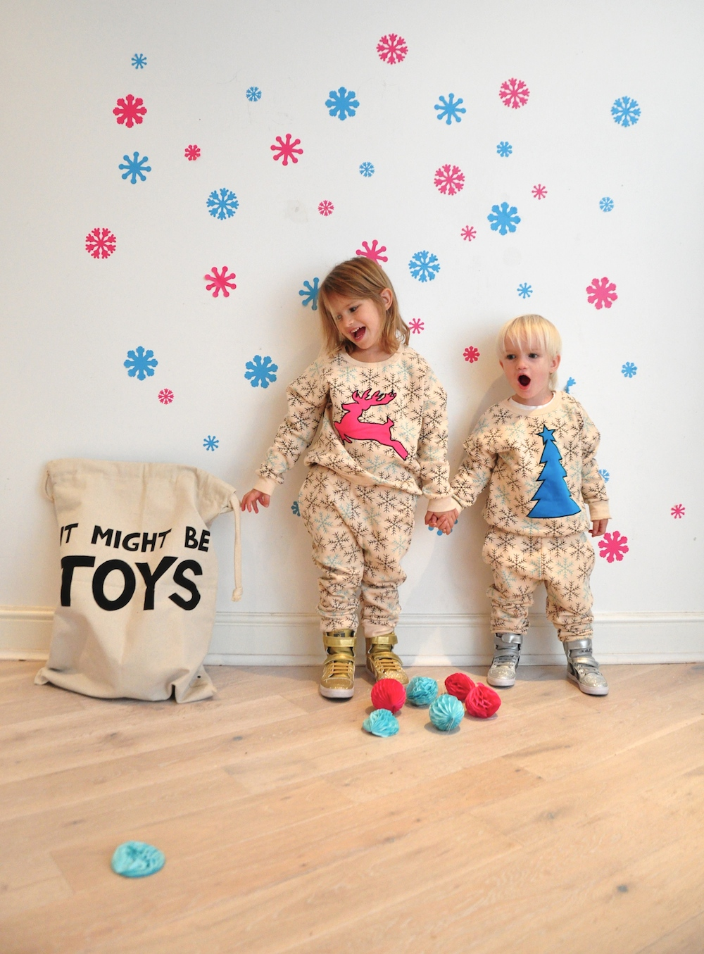 Gardner_and_the_gang_harrods_miniharrods_Christmas_tellkiddo_kidsen_31
