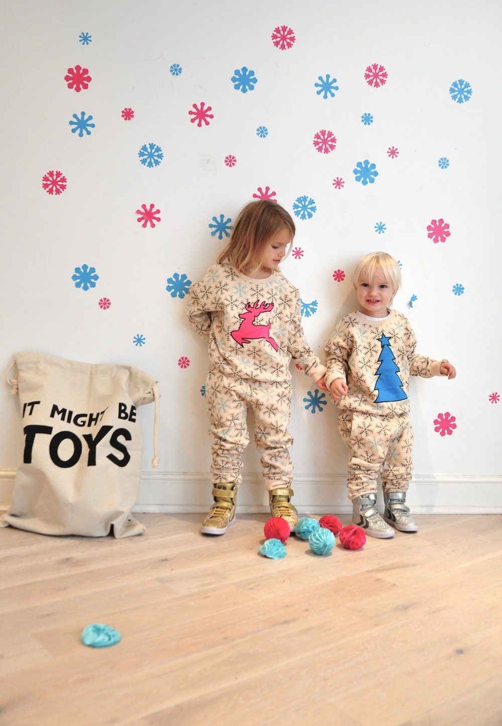 Gardner_and_the_gang_harrods_miniharrods_Christmas_tellkiddo_kidsen_32