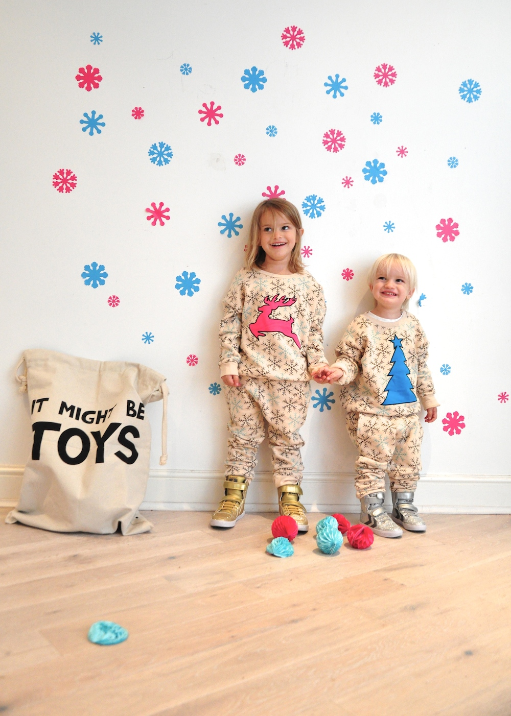 Gardner_and_the_gang_harrods_miniharrods_Christmas_tellkiddo_kidsen_33