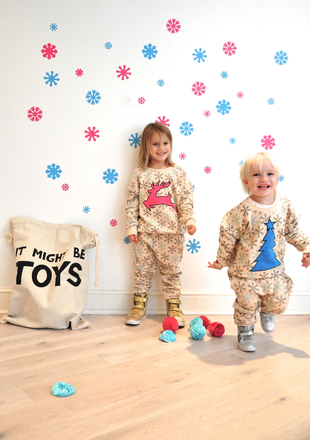 Gardner_and_the_gang_harrods_miniharrods_Christmas_tellkiddo_kidsen_34