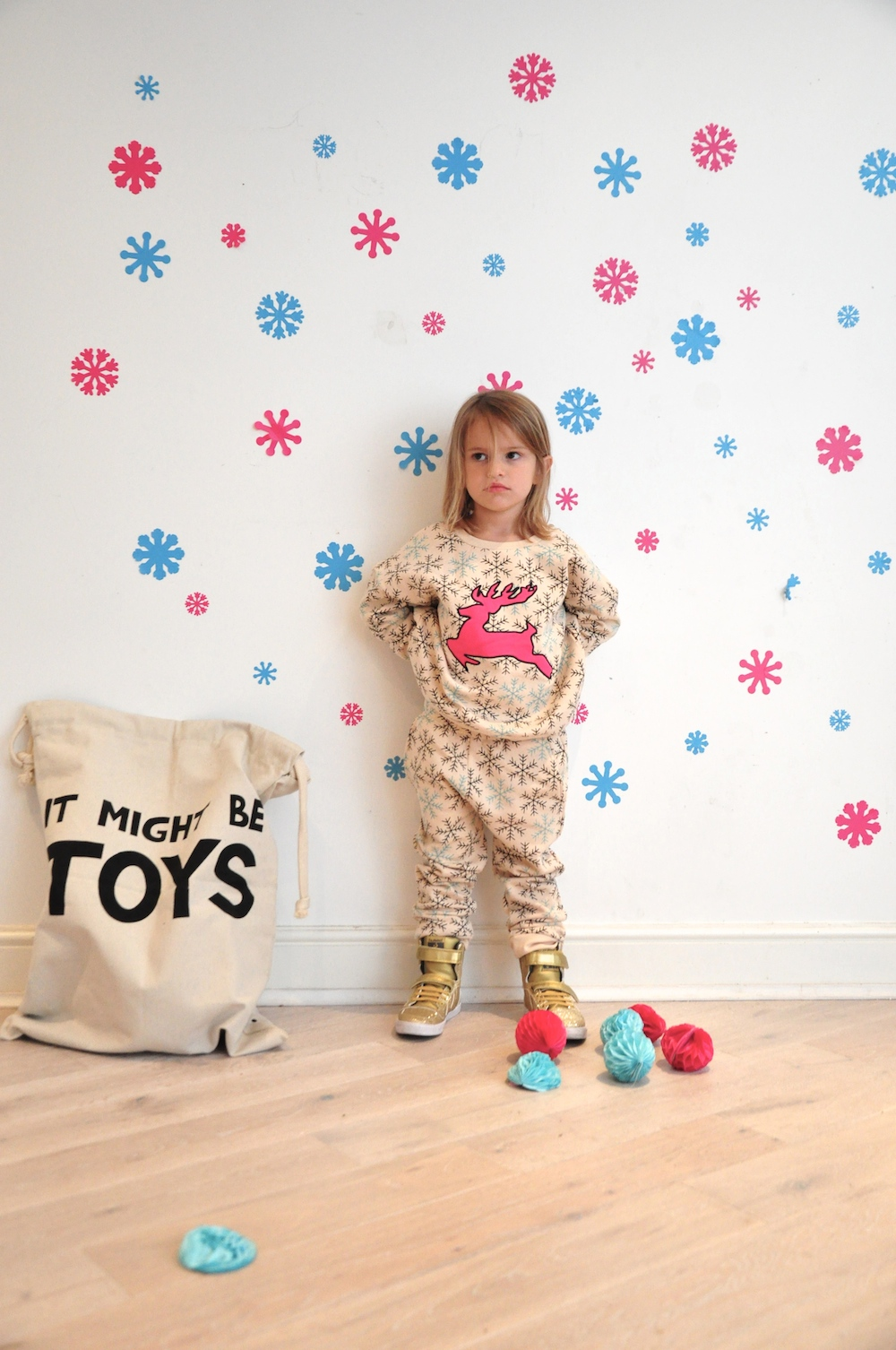 Gardner_and_the_gang_harrods_miniharrods_Christmas_tellkiddo_kidsen_35