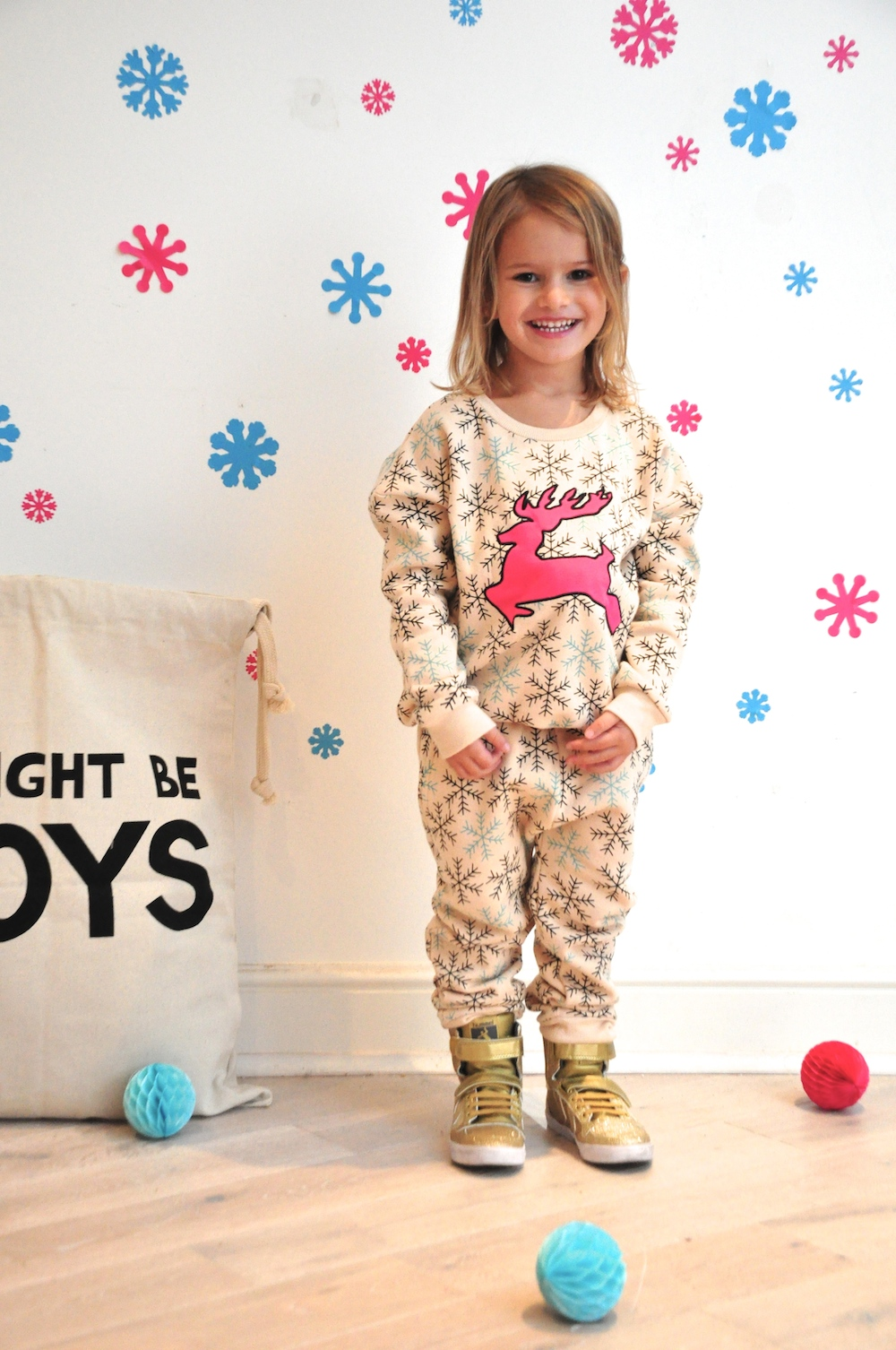 Gardner_and_the_gang_harrods_miniharrods_Christmas_tellkiddo_kidsen_6