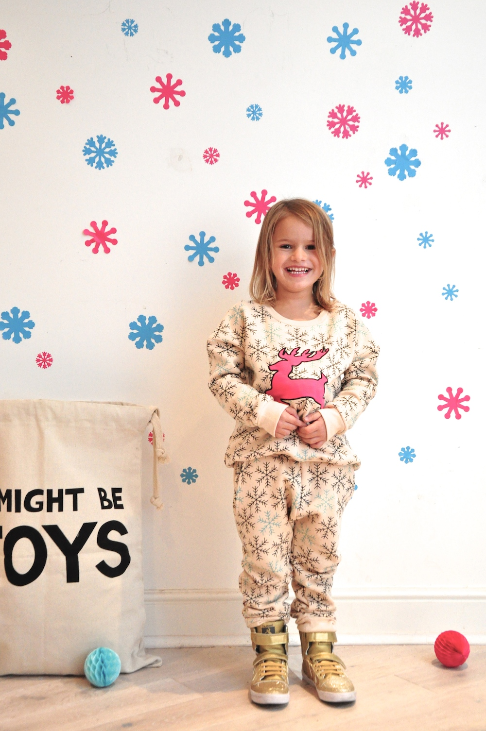Gardner_and_the_gang_harrods_miniharrods_Christmas_tellkiddo_kidsen_7