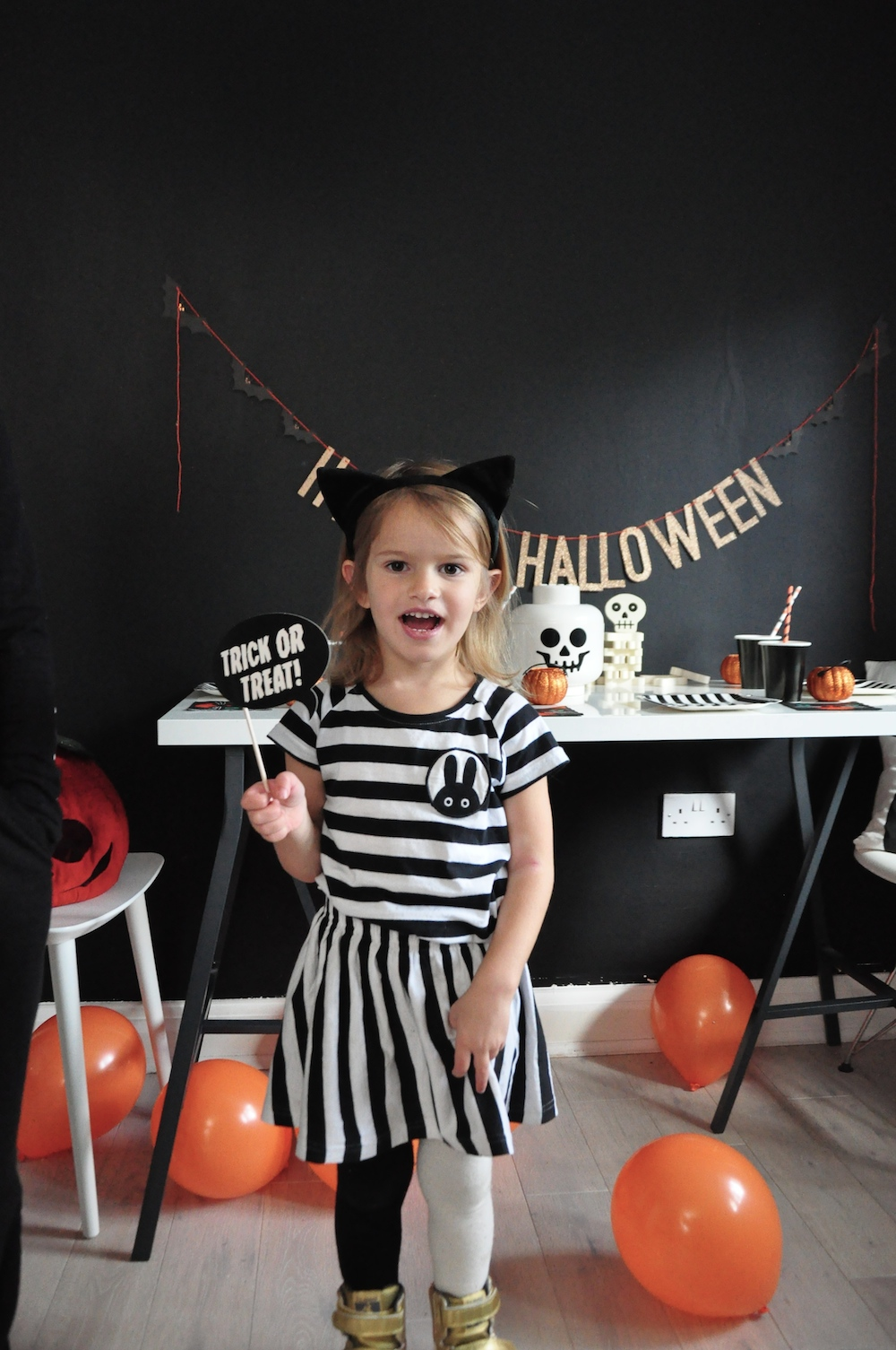 Halloween_miniwilla_outfit