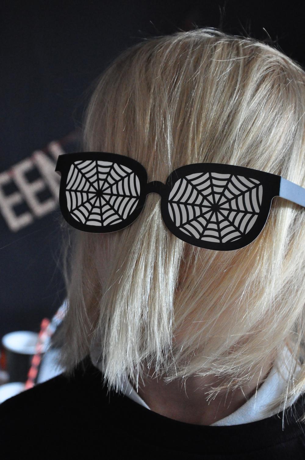 LittleLulubel_halloween_party_shop_glasses+prop