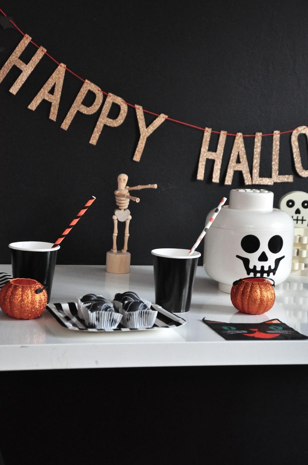 LittleLulubel_halloween_party_shop_lego_skull