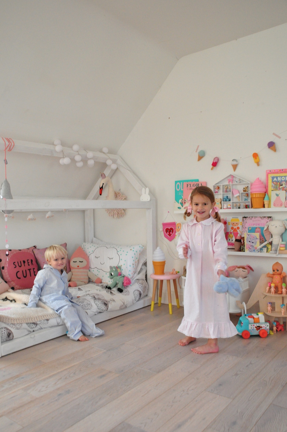 girls-room_My_little_shop_pyjamas