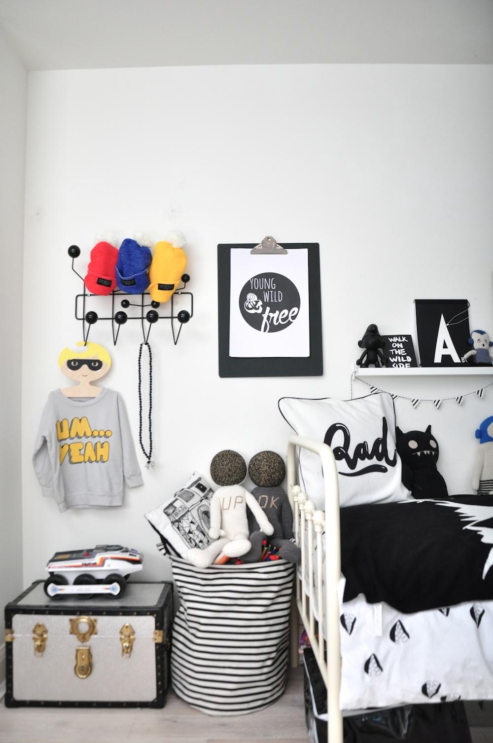 Mesh_board_studio_nl_tiny_whales_hat