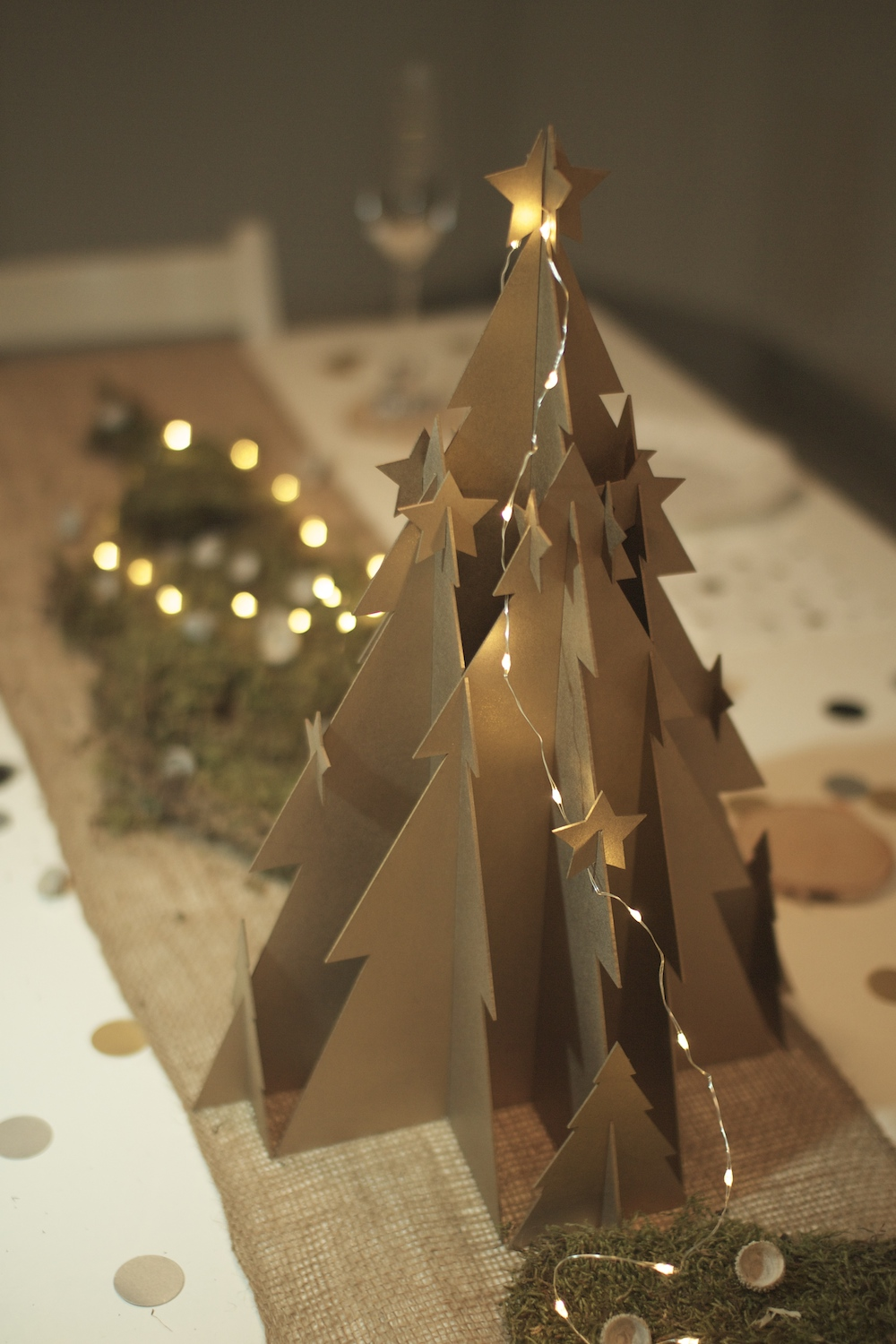 a_little_party_box_christmas_centre_piece