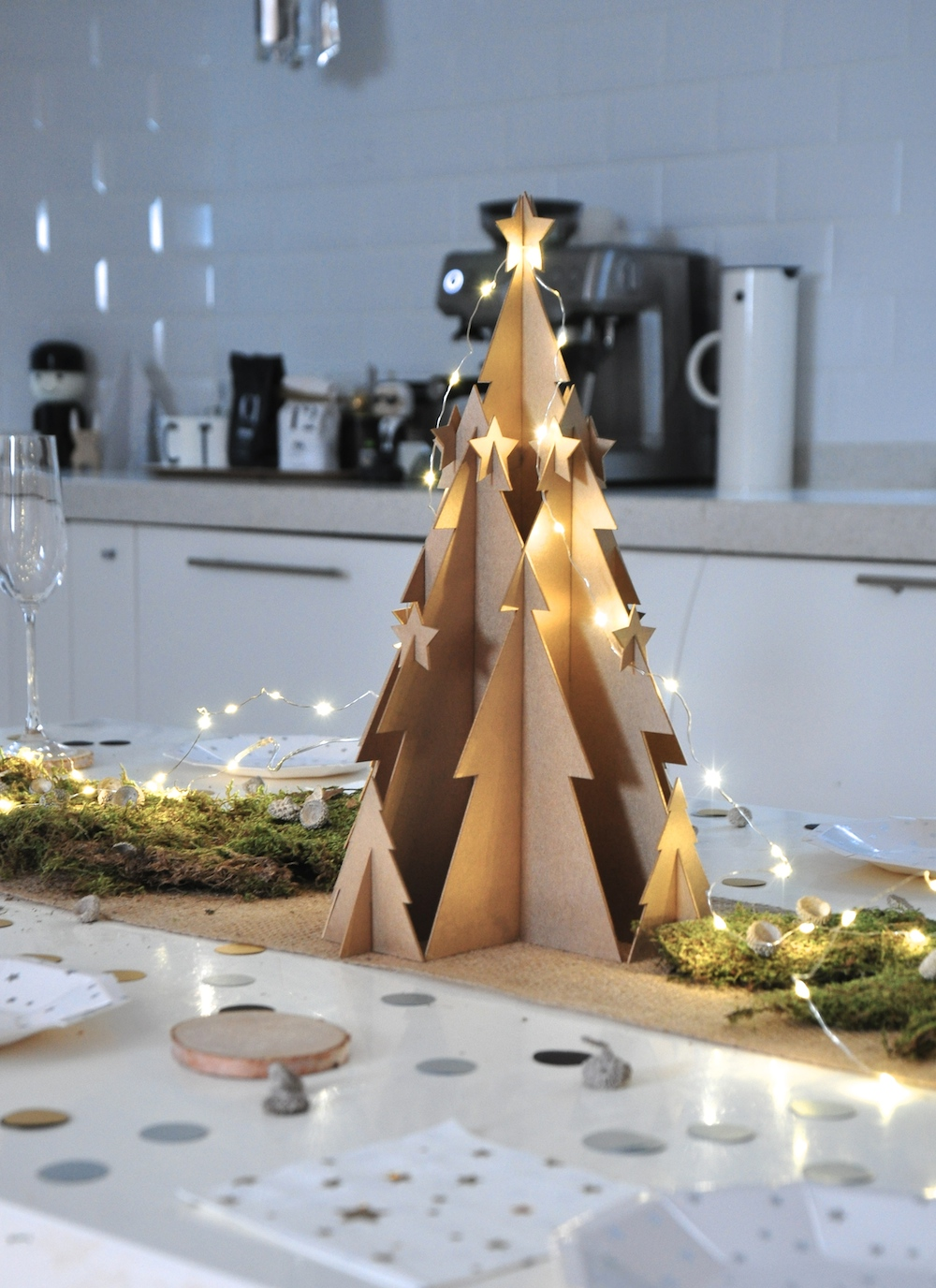 a_little_party_box_christmas_tree