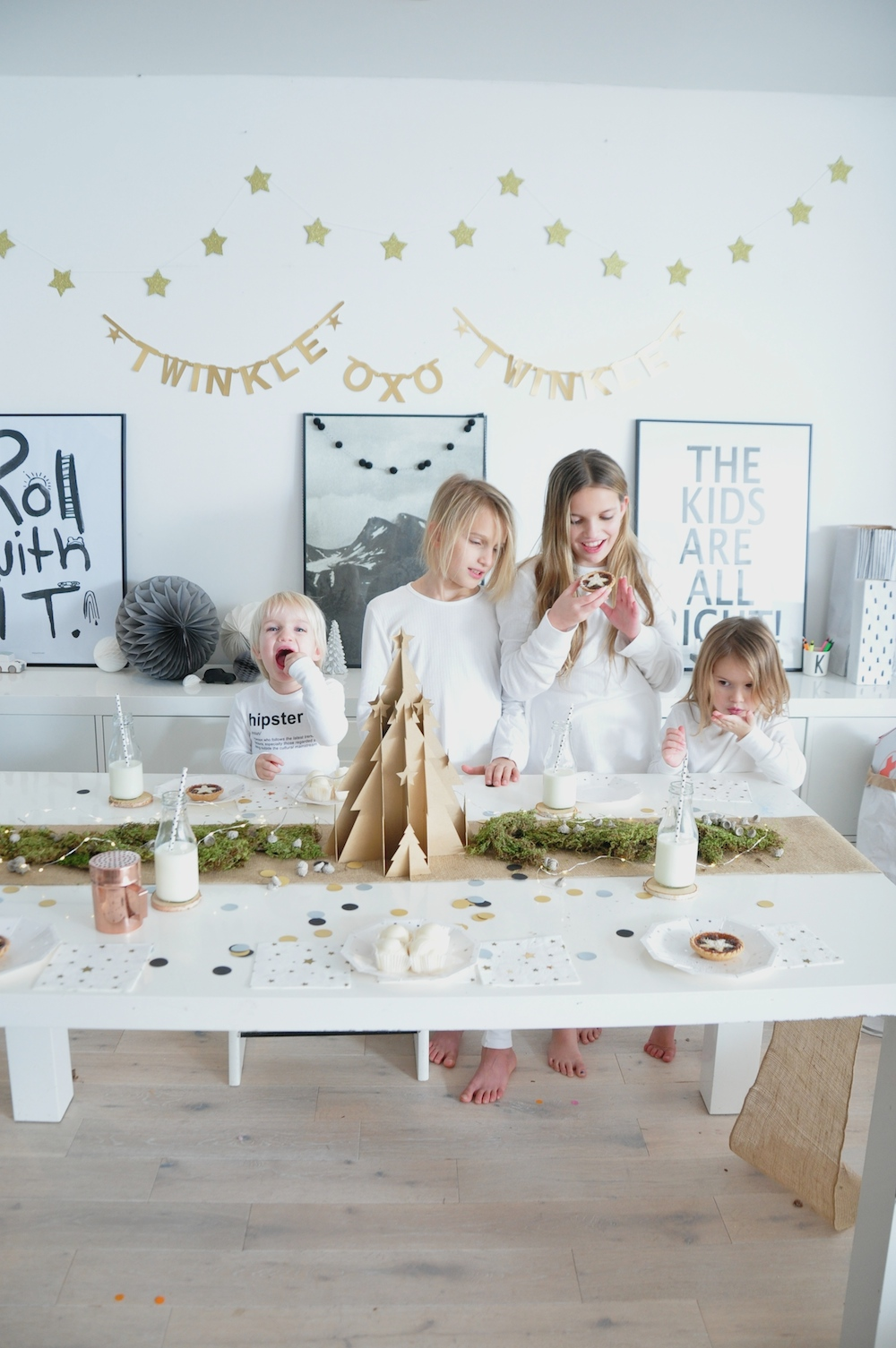 christmas_kids_playroom