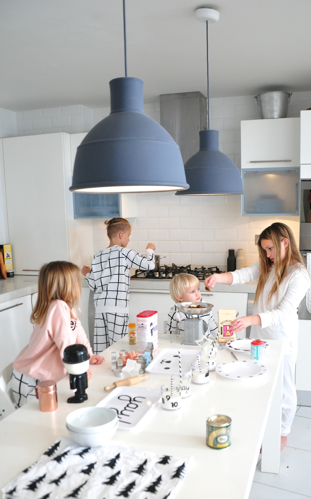 kitchen_muuto_lights