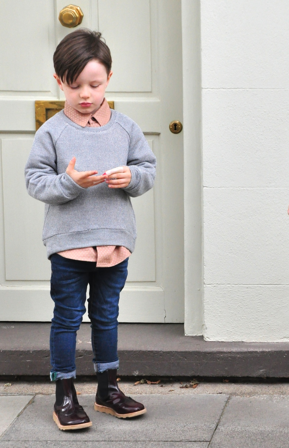 Milk_and_biscuits_jumper_shirt_young_soles