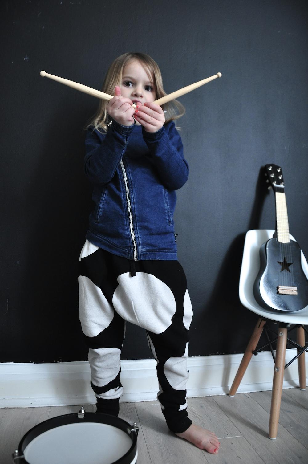 Nununu_tracksuit_trousers