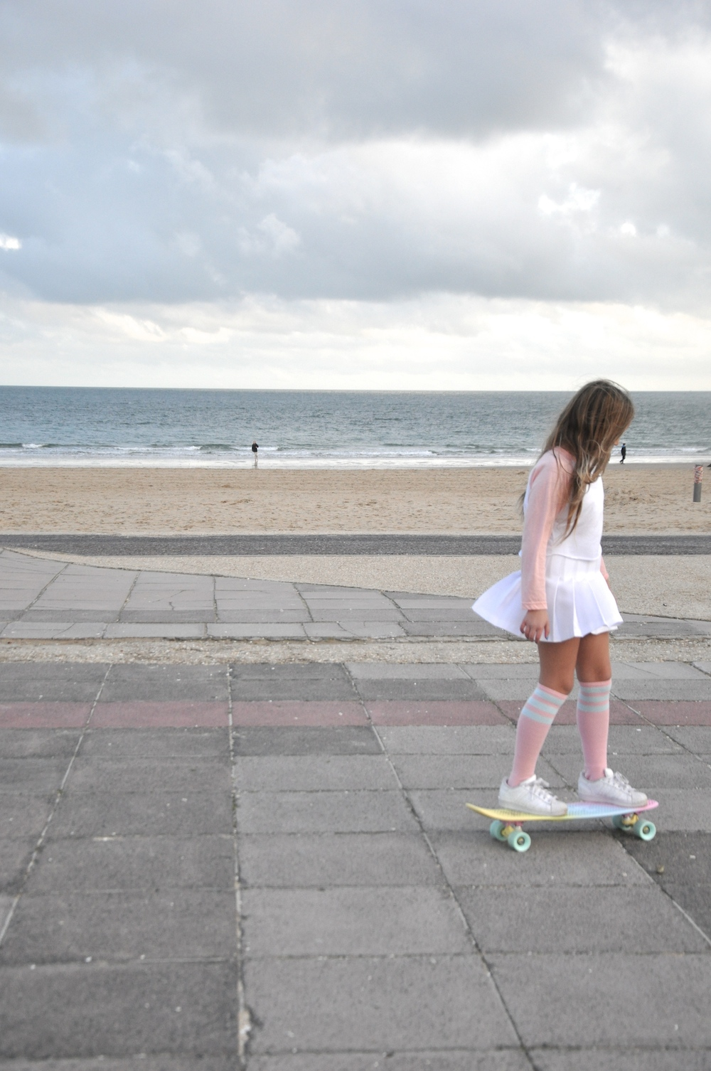 Sandbanks_American_apparel_penny_skateboards