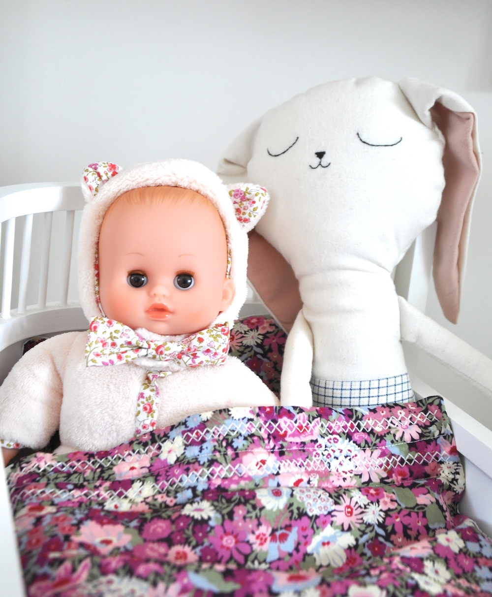 Coco_and_wolf_bedding_liberty_dolll_petitcollin