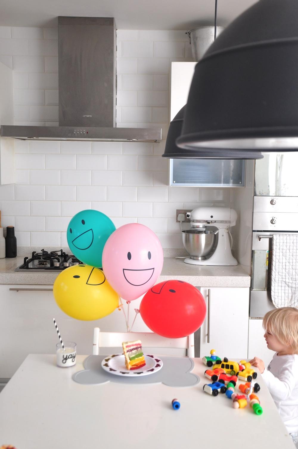 Little_lulubel_oh_happy_fry_rainbow_cake_kitchen