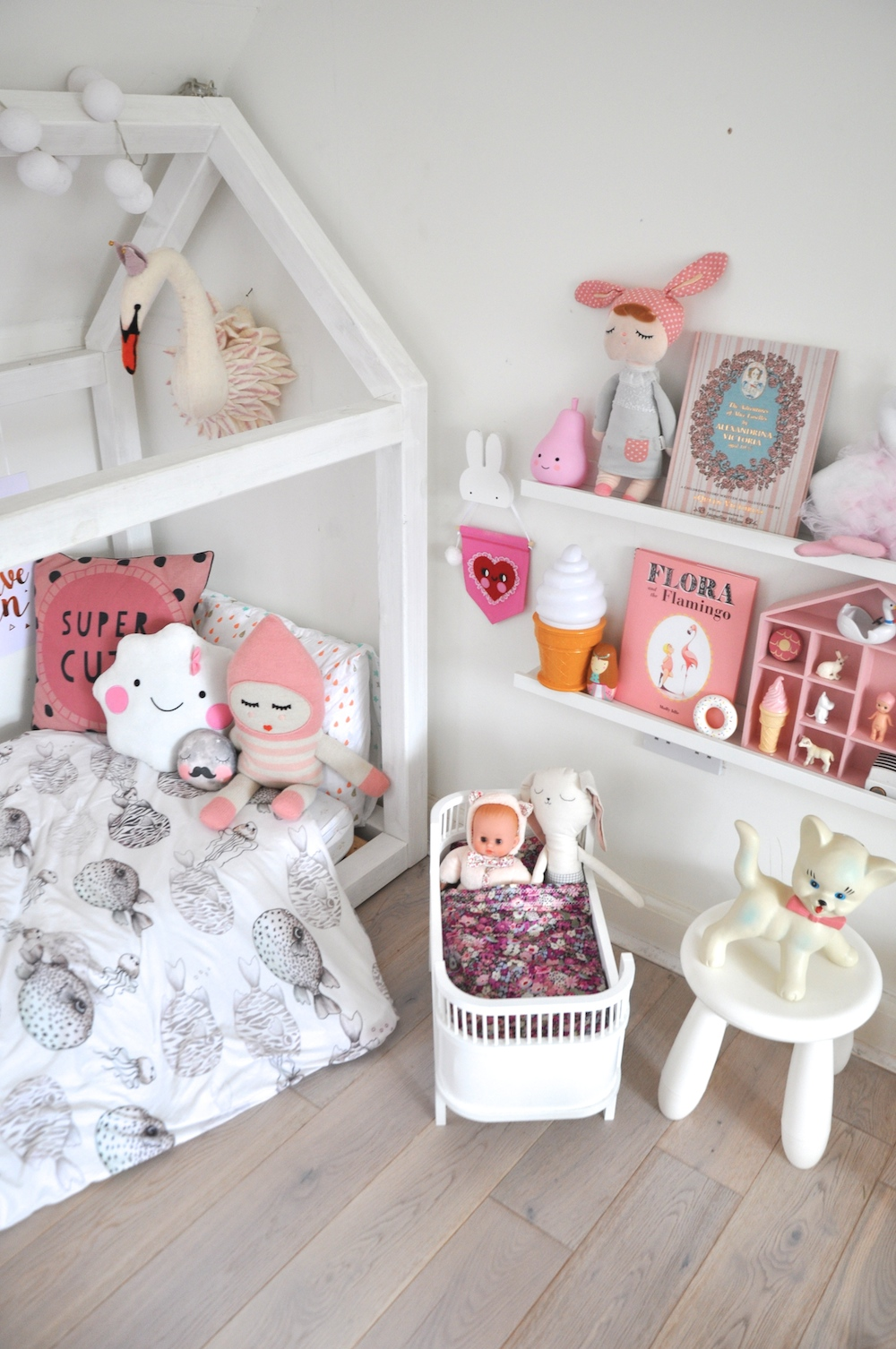 coco_and_wolf_liberty_doll_bedding
