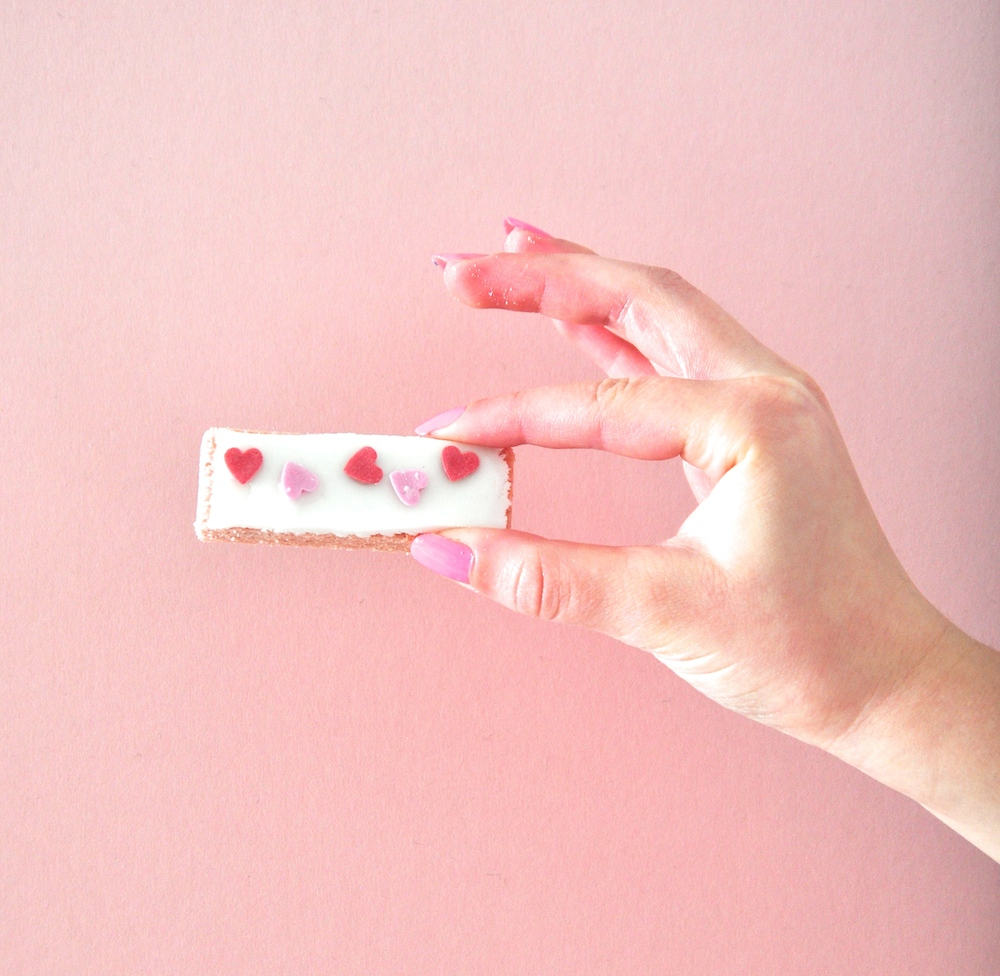 heart_pink_wafer_valentines_party