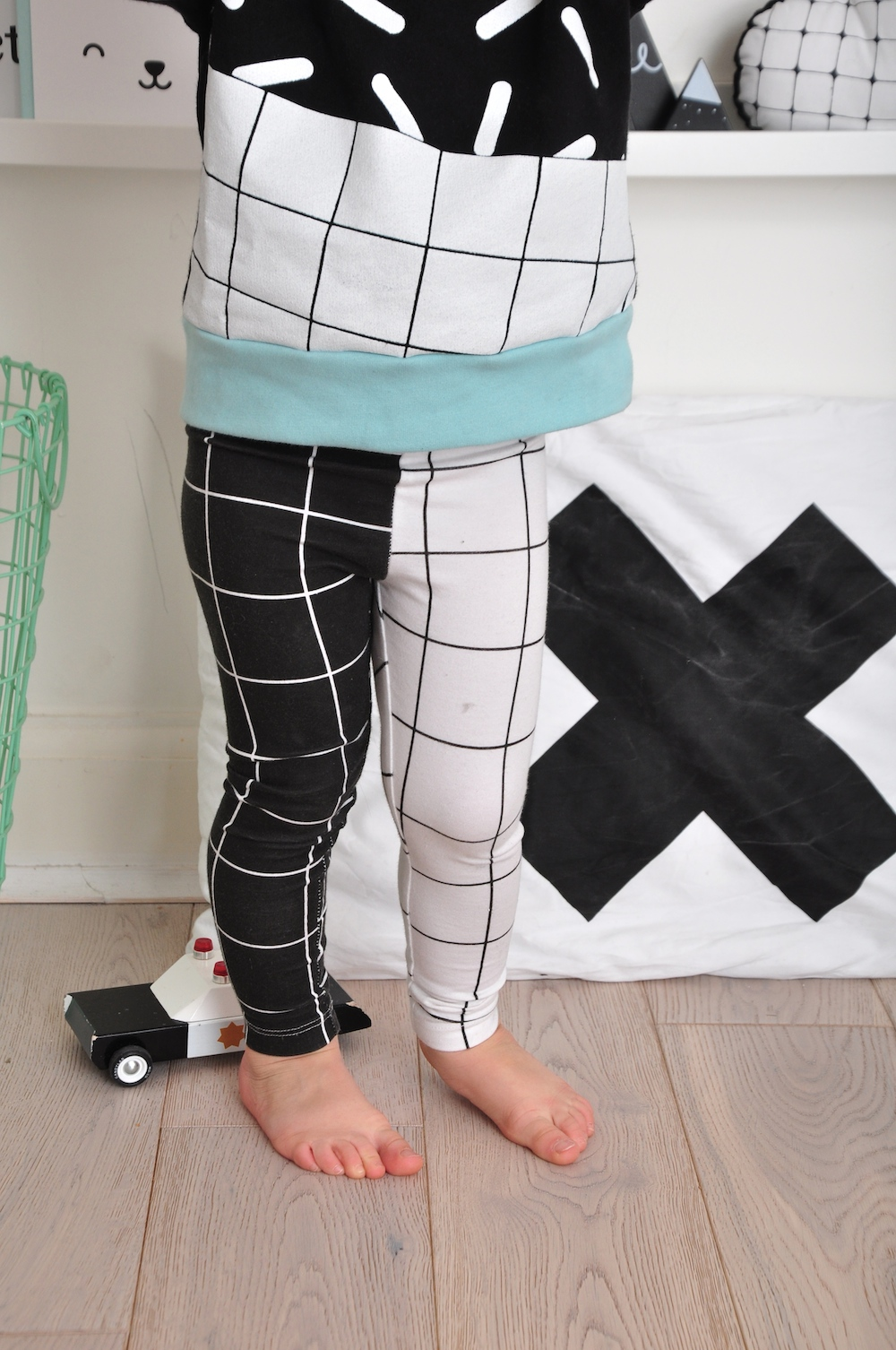leggings_grid_mini_x_style