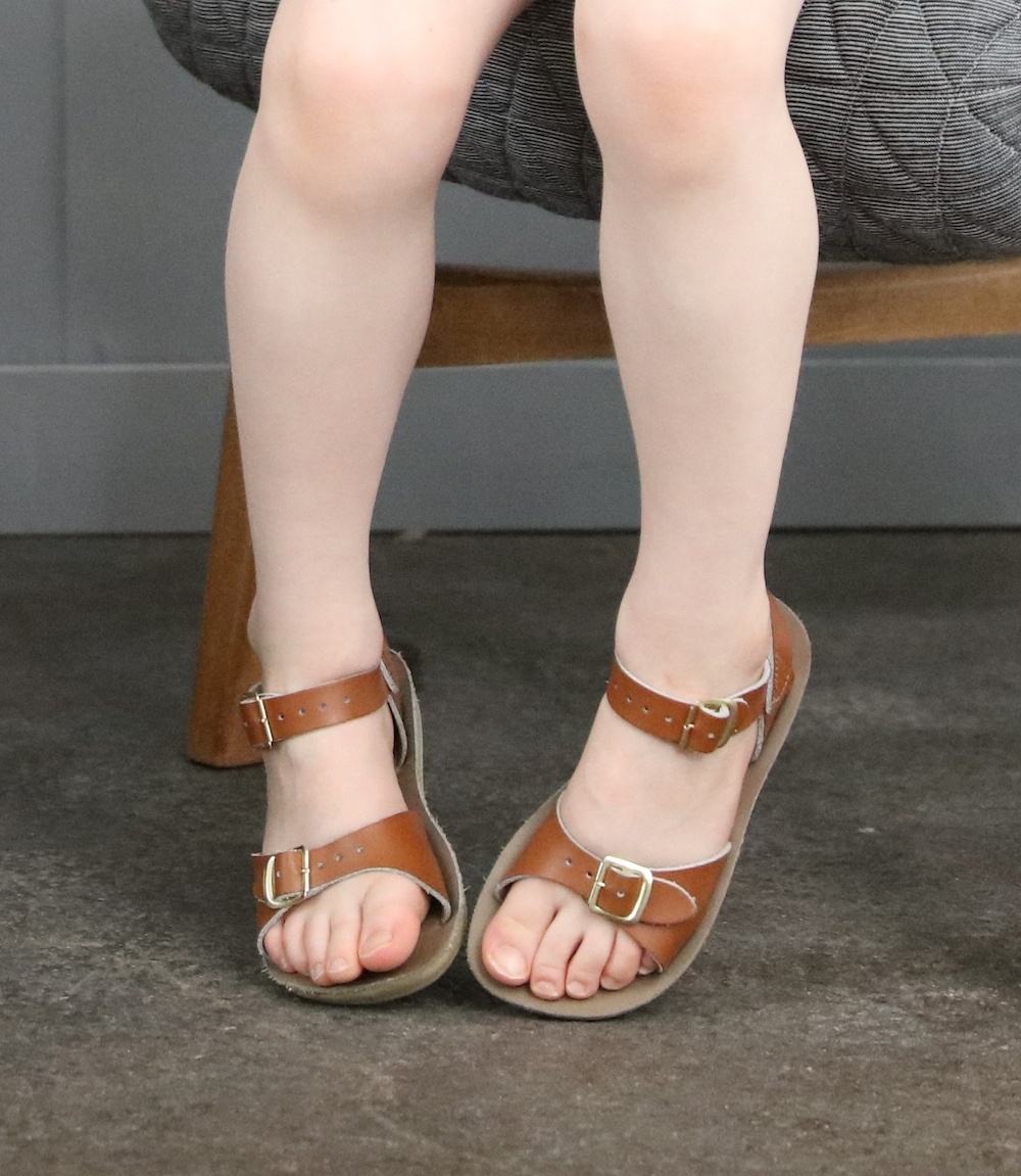 Saltwater_sandals_tan_kids