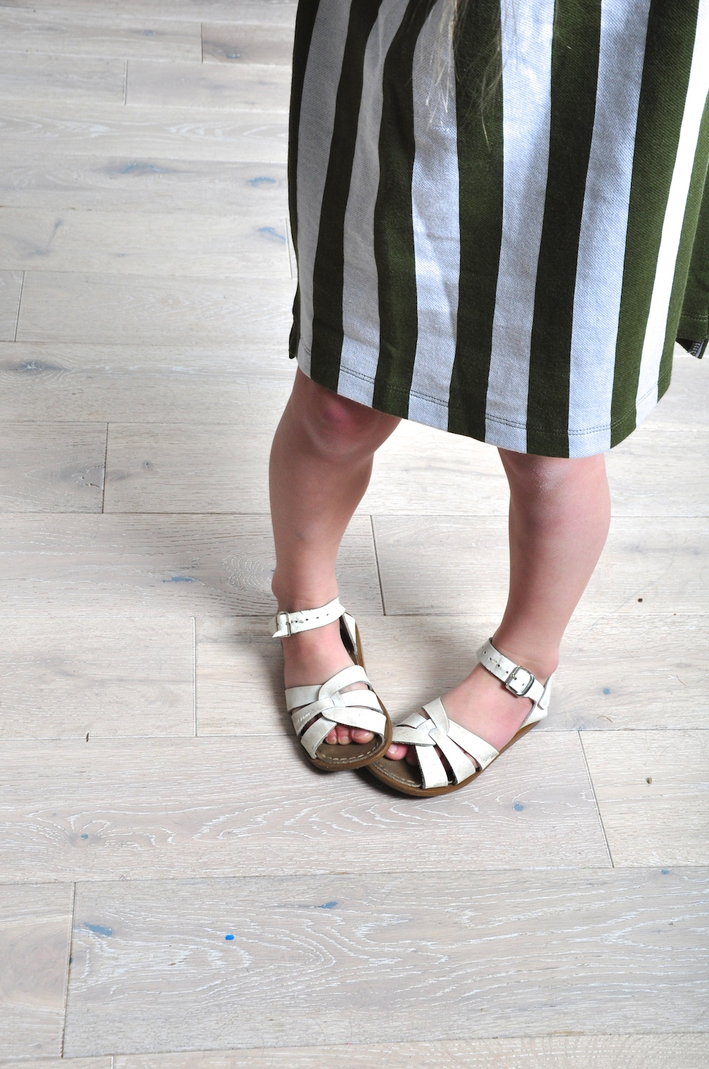 hip_little_people_tiny_cottons_saltwater_sandals